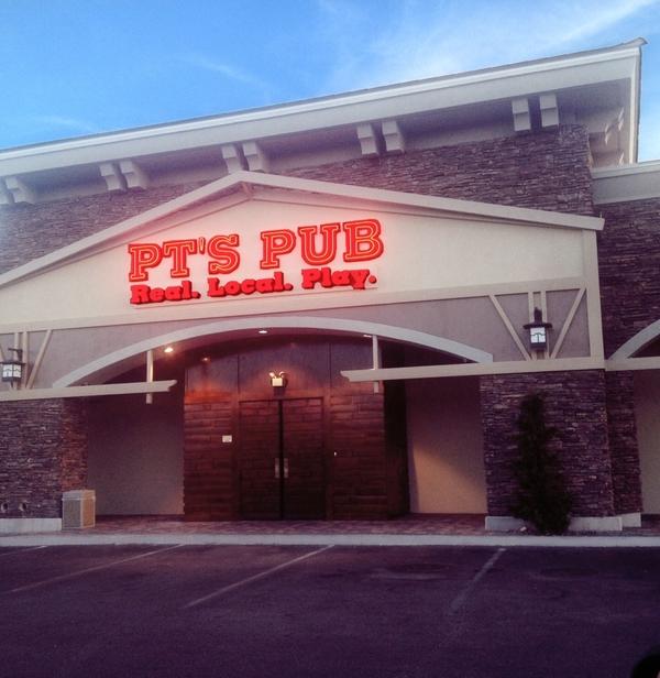 pts-pub-tropicana-fort-apache