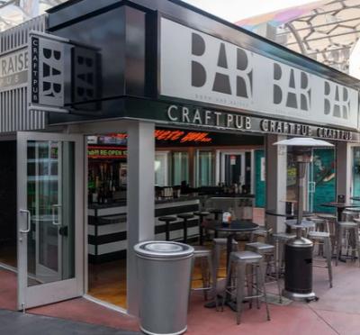 Born & Raised Craft Pub The Strip