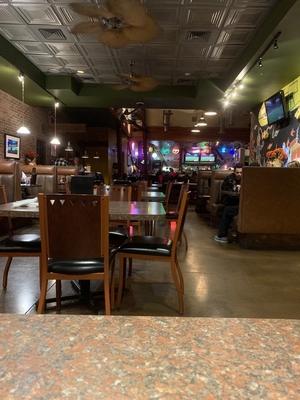 Shucks-north-durango-dining-room