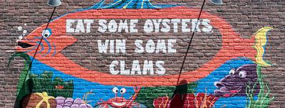 Shucks-tavern-flamingo-oyster-gaming-bar