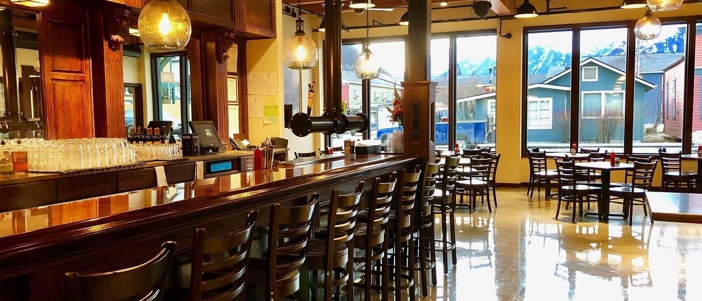 Skagway-brewing-alaska-bar-restaurant