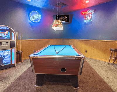 kopper-keg-west-rainbow-sahara-pool-table-juke-box