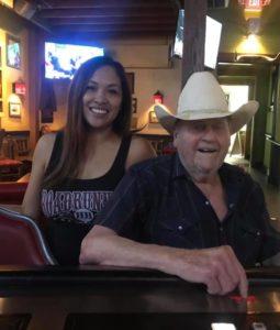 Bartender-of-Week-Jenny-Roadrunner-happy-customer
