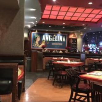 Victory's Bar & Grill bar
