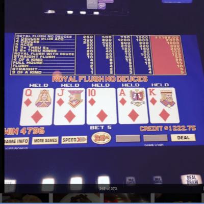 Jacksons Bar Vegas Gaming Royal Flush